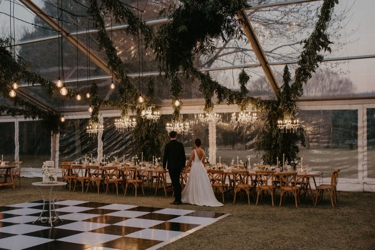 kiss-blush-tell-what-to-expect-from-wedding-planner