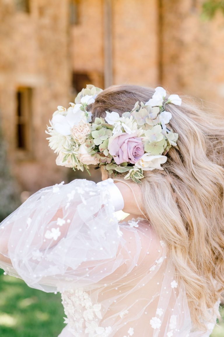pastel-floral-crown-with-soft-curls