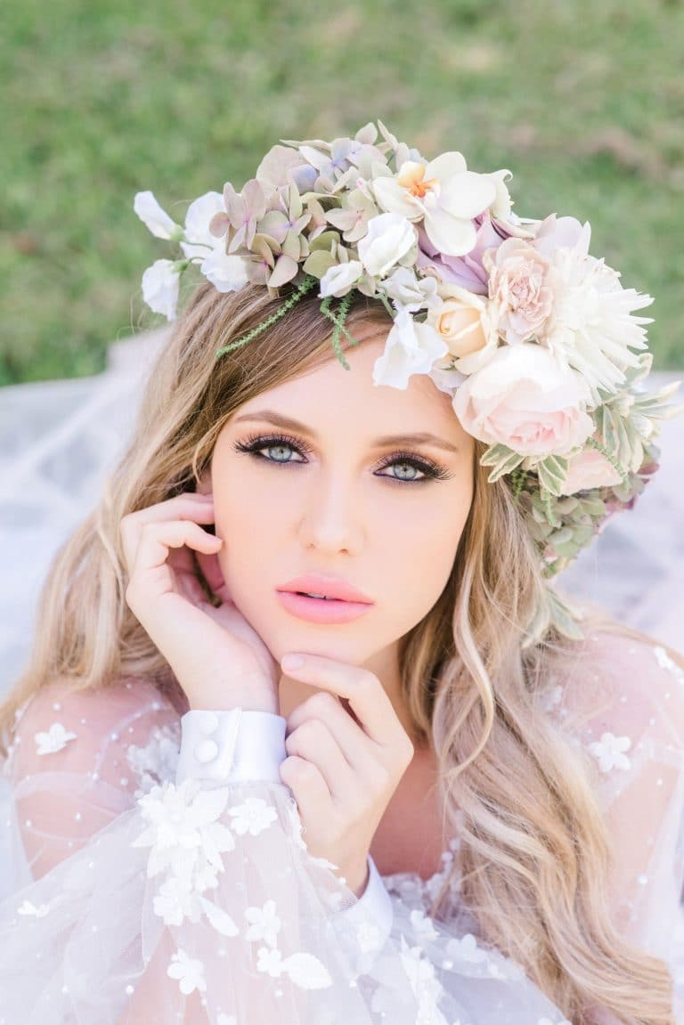 romantic-spring-inspired-styled-shoot-floral-crown