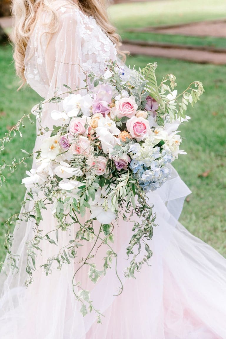 oh-happy-day-floral-styling-spring-wedding-bouquet