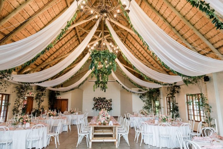 drakensberg-destination-wedding-reception-décor