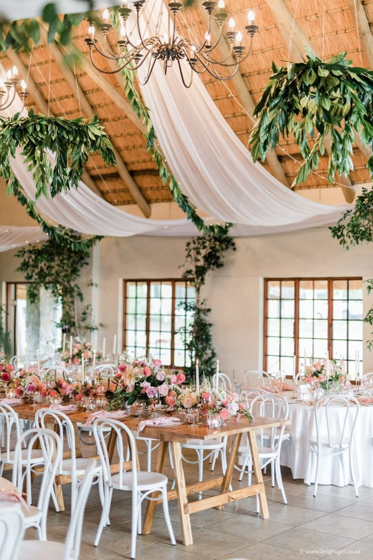 drakensberg-destination-wedding-décor-with-draping