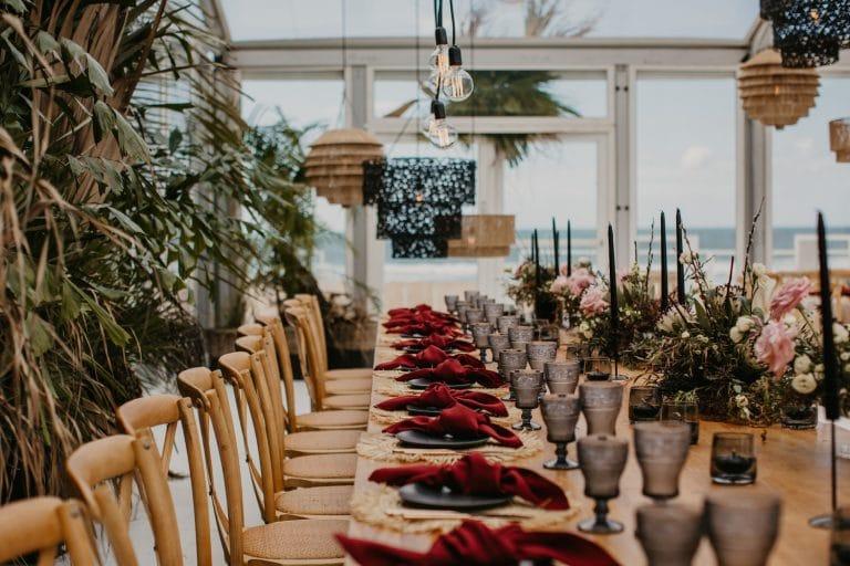 contemporary-coastal-chic-table-décor