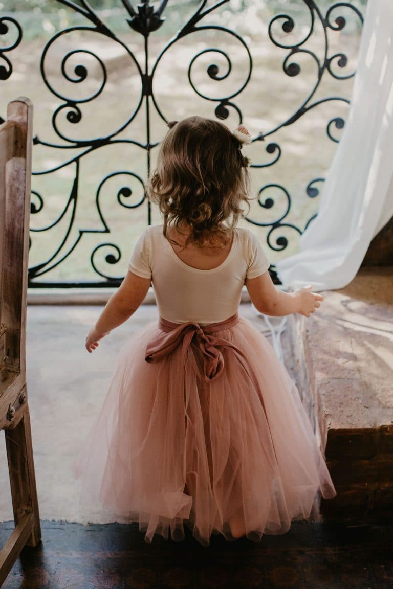 flower-girl-with-tulle-skirt