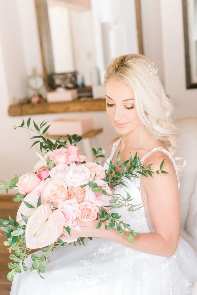 bridal bouquet shades of pink