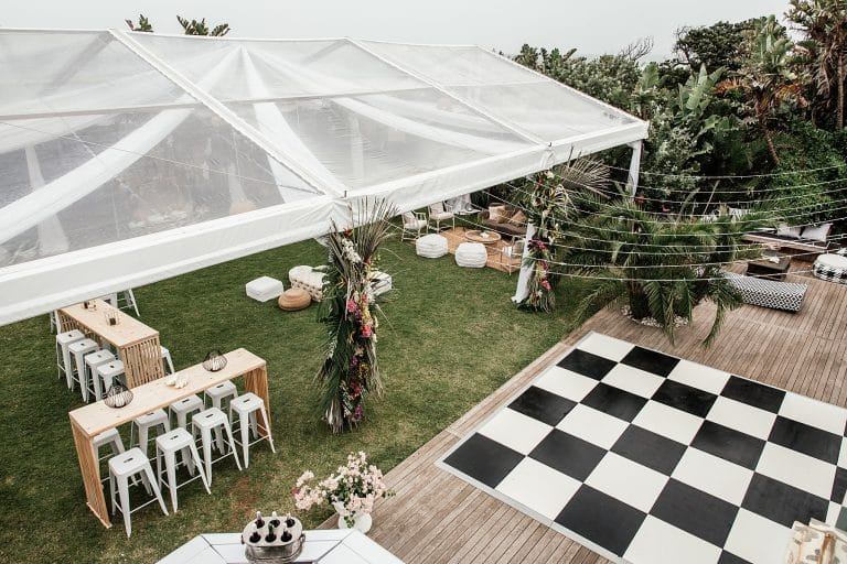 2021 Wedding Trends outdoor weddings